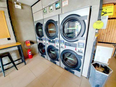 เครื่องซักอบผ้าหยอดเหรียญ DOMUS Clean&Go - ร้าน ซักทีเหอะ - 3