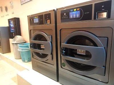 เครื่องซักอบผ้าหยอดเหรียญ DOMUS Clean&Go - ร้าน ซักอบ 24ชม! - 4