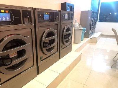 เครื่องซักอบผ้าหยอดเหรียญ DOMUS Clean&Go - ร้าน ซักอบ 24ชม! - 5