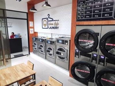 เครื่องซักอบผ้าหยอดเหรียญ DOMUS Clean&Go - ร้าน Clean Style Laundry - 4