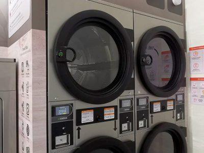 เครื่องซักอบผ้าหยอดเหรียญ DOMUS Clean&Go - ร้าน The Laundry Room Bangkok - 10