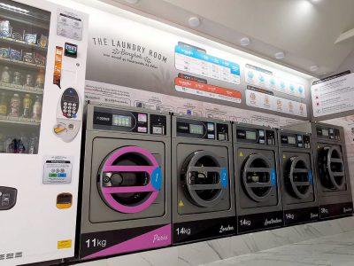 เครื่องซักอบผ้าหยอดเหรียญ DOMUS Clean&Go - ร้าน The Laundry Room Bangkok - 3