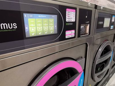 เครื่องซักอบผ้าหยอดเหรียญ DOMUS Clean&Go - ร้าน The Laundry Room Bangkok - 7